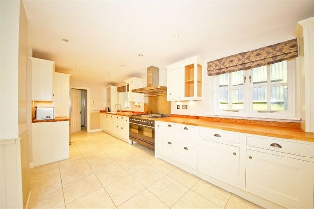 Thumbnail Detached house to rent in Durlings Orchard, Ightham, Sevenoaks