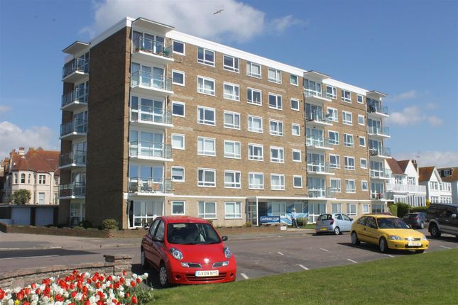 2 bed flat for sale in Cavendish Court, De La Warr Parade, Bexhill-On-Sea