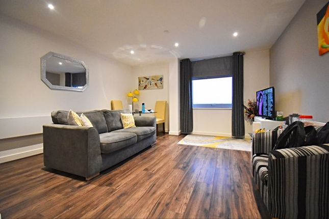 1 bed flat to rent in Churchill Way, Basingstoke RG21