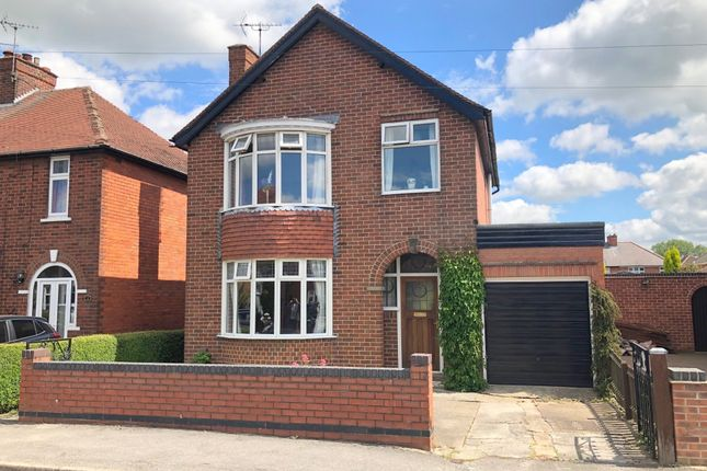 Thumbnail Detached house for sale in Lyncroft Avenue, Ripley