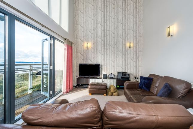Thumbnail Penthouse for sale in St Margarets Court, Maritime Quarter, Swansea