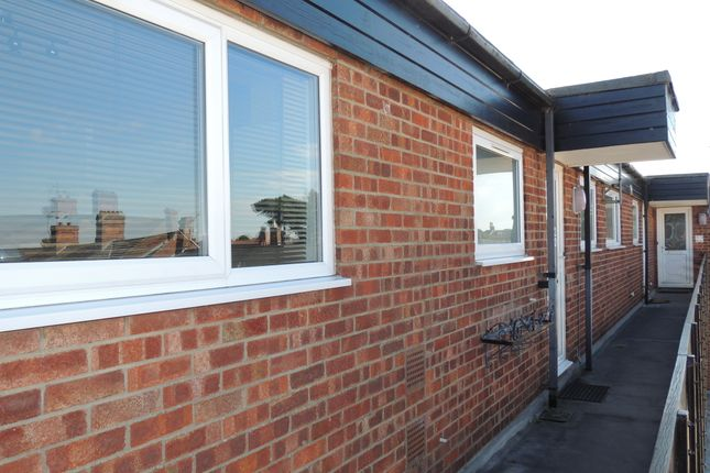 Thumbnail Flat for sale in Hungate Court, Beccles