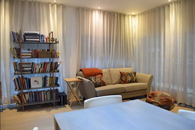 Thumbnail Detached bungalow to rent in Gloucester Place, London