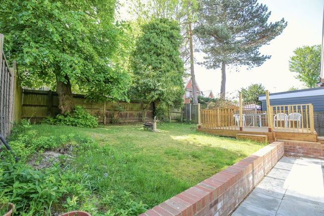 Photo 8 of Mason Close, East Grinstead, West Sussex RH19