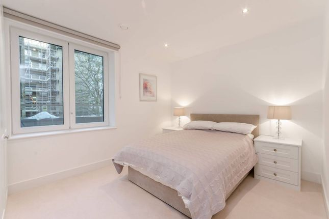 Thumbnail Flat to rent in Chiswick High Road, Hounslow