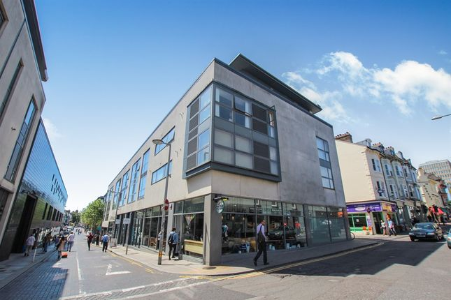 Thumbnail Flat for sale in Regent Street, Brighton