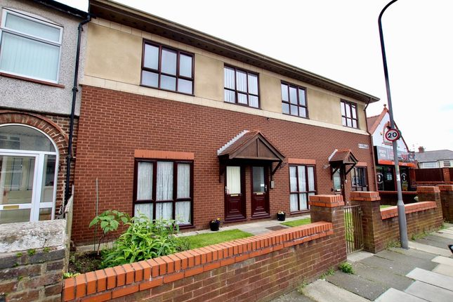 Thumbnail Flat for sale in Myers Road East, Liverpool