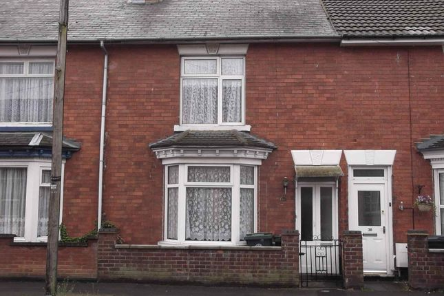 3 bed terraced house to rent in Grove Road, Rushden