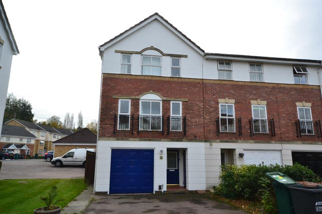 Thumbnail Town house to rent in Byewaters, Watford