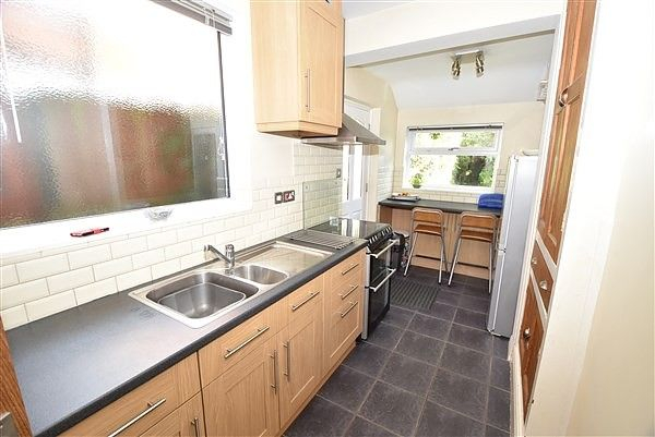 Thumbnail Semi-detached house to rent in Marlborough Road, Beeston