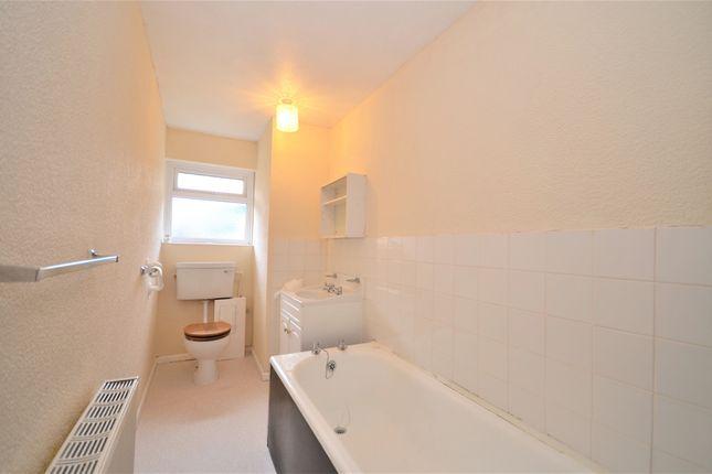 Bathroom of Mountbatten Drive, Newport PO30