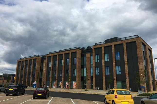 Thumbnail Retail premises to let in Unit 4, Brooklands Health Centre, Countess Way, Brooklands, Milton Keynes