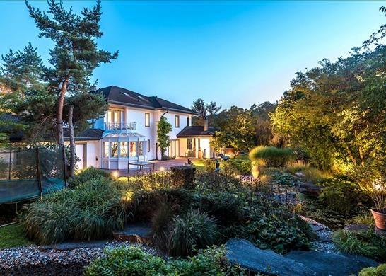 Properties for sale in zurich switzerland zurich for Modern house zurich