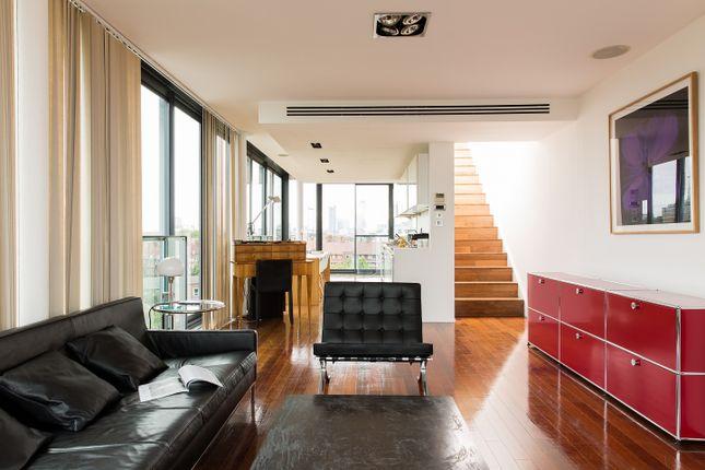 Thumbnail Duplex for sale in Green Walk, London