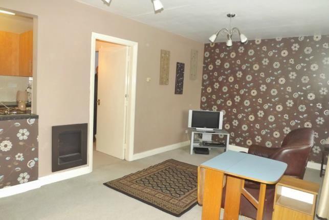 Lounge of Queens Road, Little Sutton, Ellesmere Port CH66