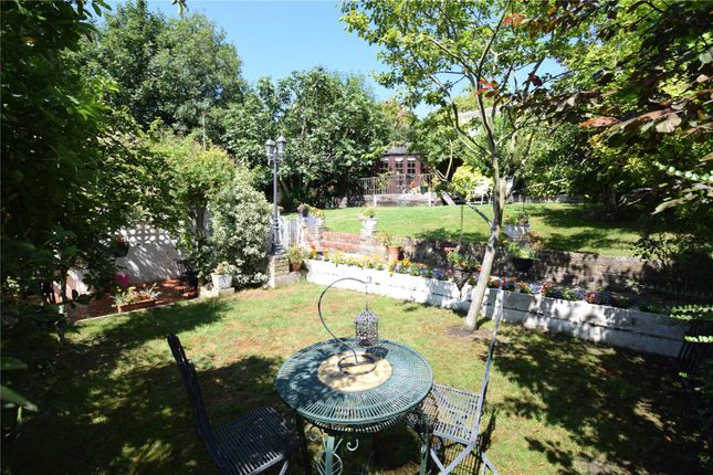 Thumbnail Detached house for sale in The Cottage, Breakneck Hill, Greenhithe, Kent
