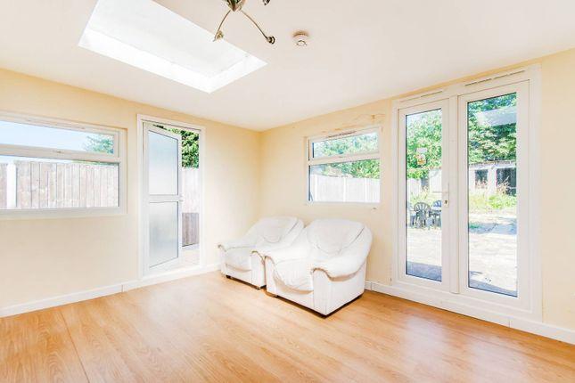 Thumbnail Property to rent in Long Elmes, Harrow Weald
