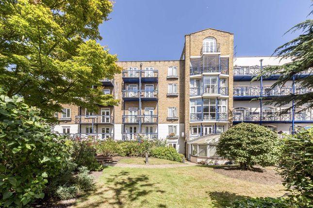 Thumbnail Flat for sale in Hornsey Lane, London