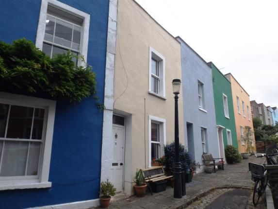 Thumbnail Terraced house for sale in Ambra Vale South, Bristol