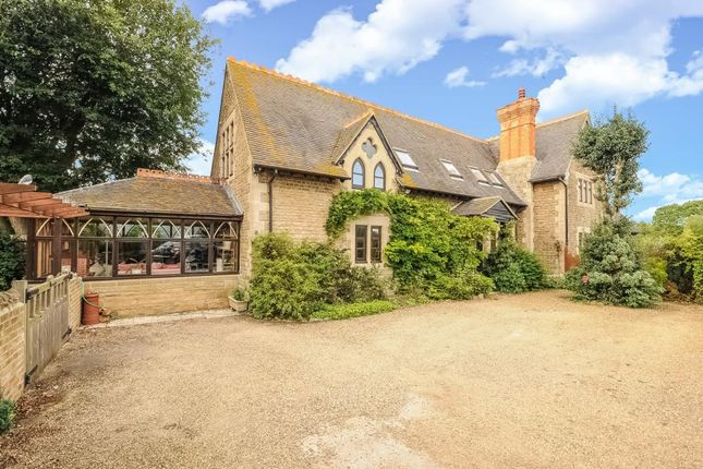 Thumbnail Semi-detached house for sale in Wantage Road, Garford