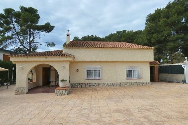Villa for sale in Olocau, Valencia, Spain