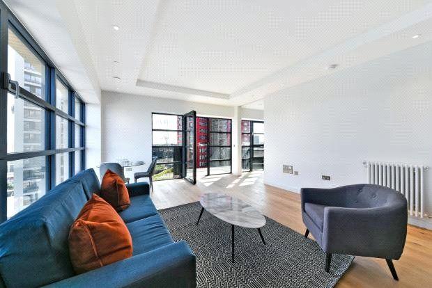 Thumbnail Flat for sale in Dawsonne House, London City Island