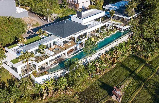Thumbnail Villa for sale in Multi Level Villa, Perernen, Bali, Indonesia, Indonesia
