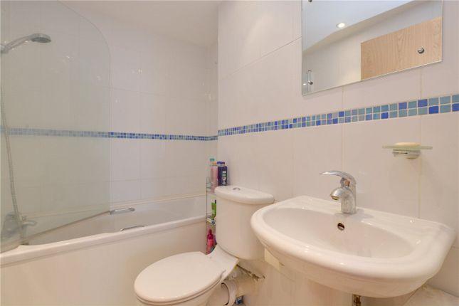 Bathroom of Mizzen Mast House, Mast Quay, Woolwich, London SE18