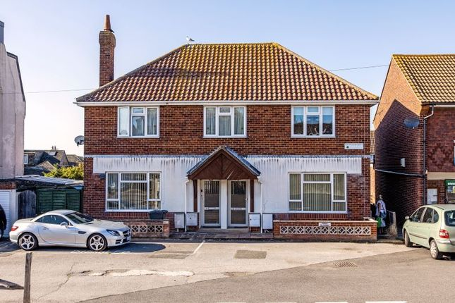 Woodleigh Court, 8 North Road, Pevensey Bay, Pevensey, East Sussex BN24