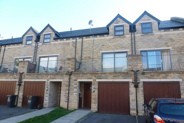 Thumbnail Town house to rent in Hebble View, Siddal, Halifax
