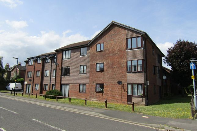 Thumbnail Flat for sale in Almond Court, Freemantle, Southampton