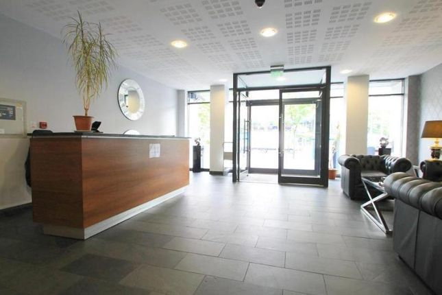 Flat for sale in Admiral House, City Center, Cardiff