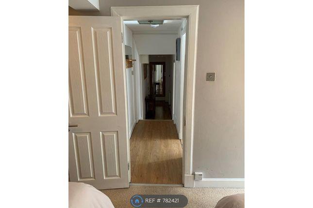 Hallway of High Street Edinburgh, Edinburgh EH1