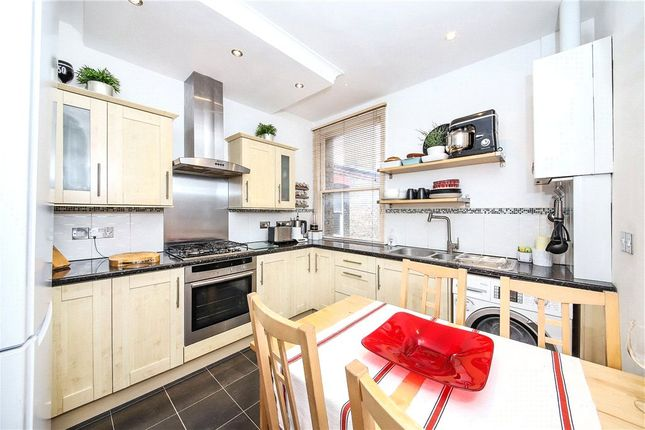 2 bed flat for sale in Amesbury Avenue, Streatham Hill, London SW2