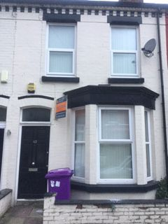 Thumbnail Shared accommodation to rent in Woodcroft Road, Liverpool