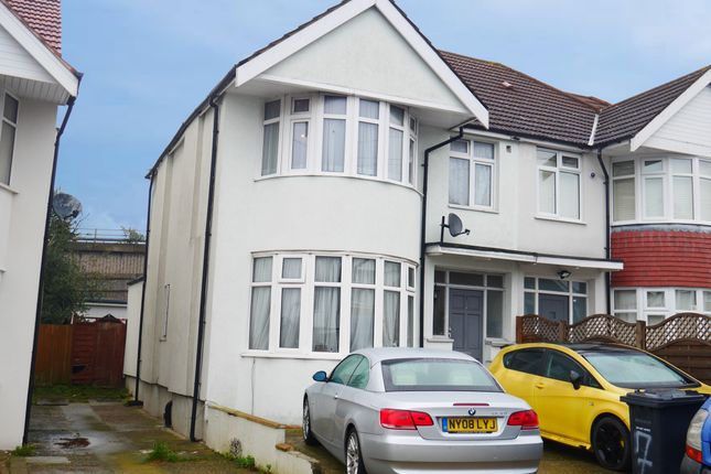 Property for sale in 7 Barford Close, Hendon, London