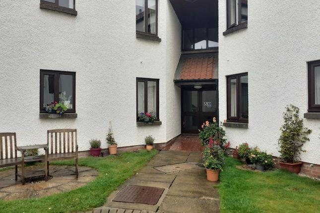 Thumbnail Flat to rent in 6 Hilton Court, Haddington