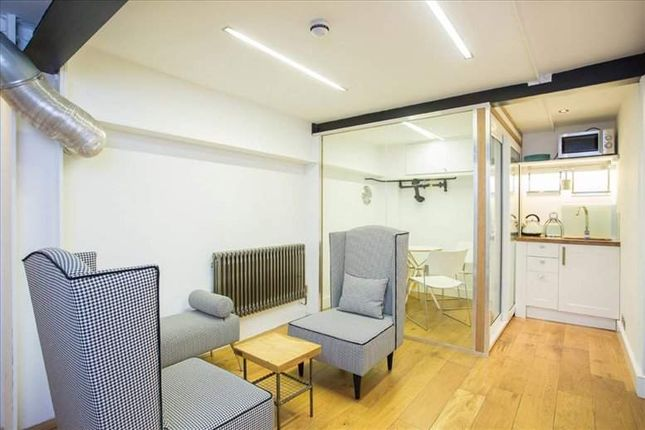 Office to let in Brick Lane, London