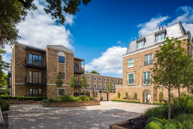 Thumbnail Flat for sale in Chiswick Gate, Burlington Lane, Chiswick, London
