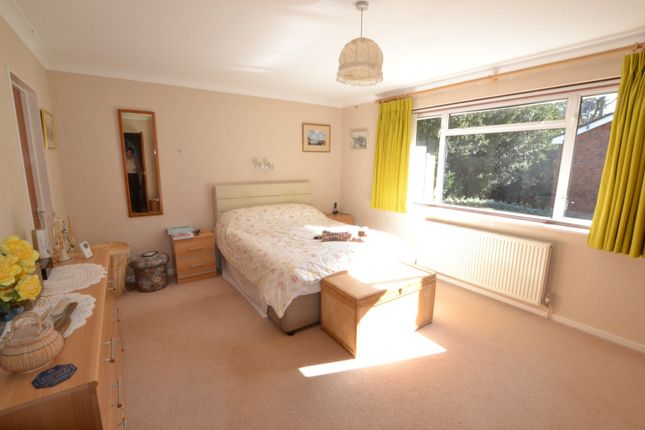 Bedroom of Roughlands, Pyrford GU22