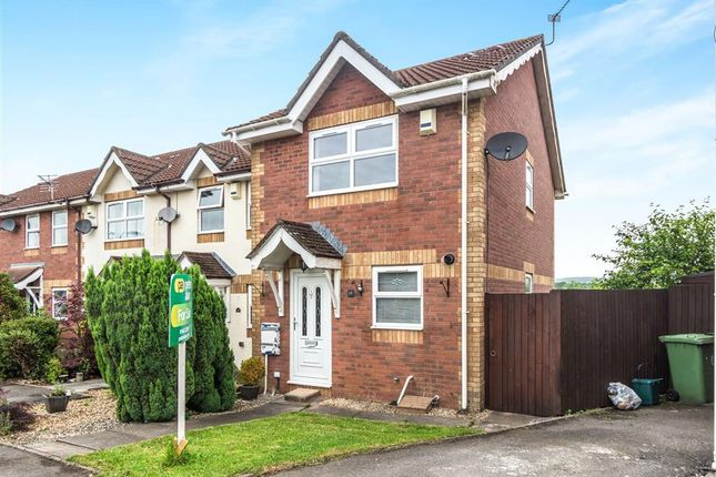 2 bed property to rent in The Patch, Llanharry, Pontyclun