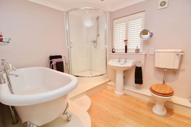Bathroom of The Grange, Newton Aycliffe DL5
