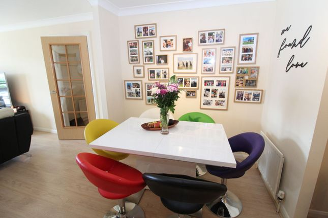 Dining Area of Grandholm Crescent, Aberdeen AB22