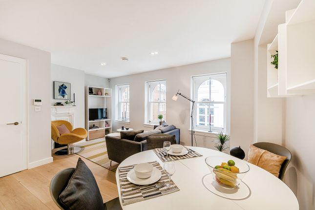 Flat to rent in Floral Street, London