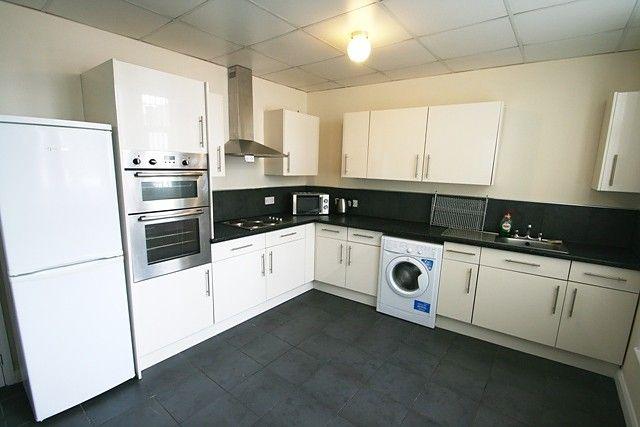 4 bed flat to rent in North Bridge Street, Sunderland SR5