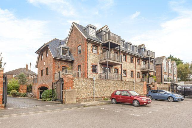 Thumbnail Flat for sale in Wharf House, Canal Wharf, Chichester