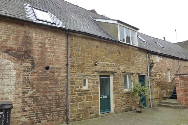 Thumbnail Flat to rent in High Street East, Uppingham, Oakham
