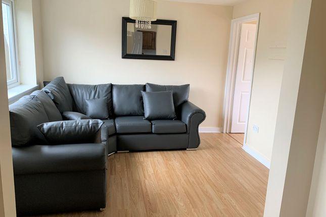 1 bed flat to rent in Ball Lane, Llanrumney, Cardiff CF3