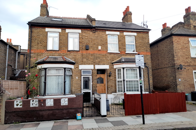 Thumbnail Semi-detached house to rent in Carlwell Street, London