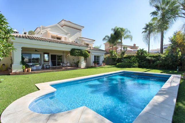 Thumbnail Villa for sale in Túnel La Quinta, Marbella, Málaga, Spain